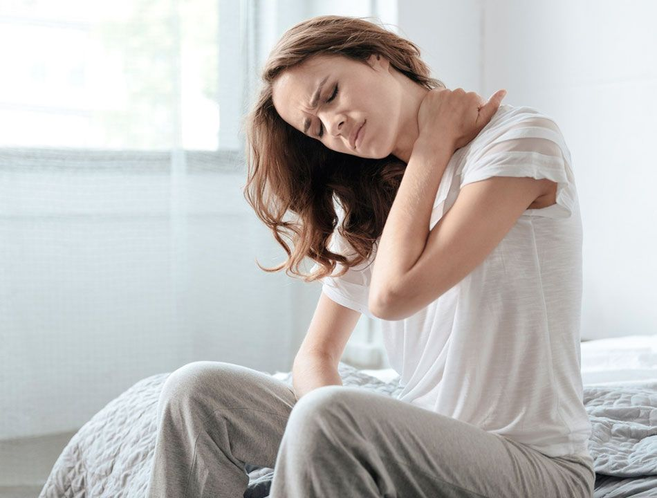 Dores no pescoço e na coluna? Veja como a escolha de um bom travesseiro pode te ajudar!